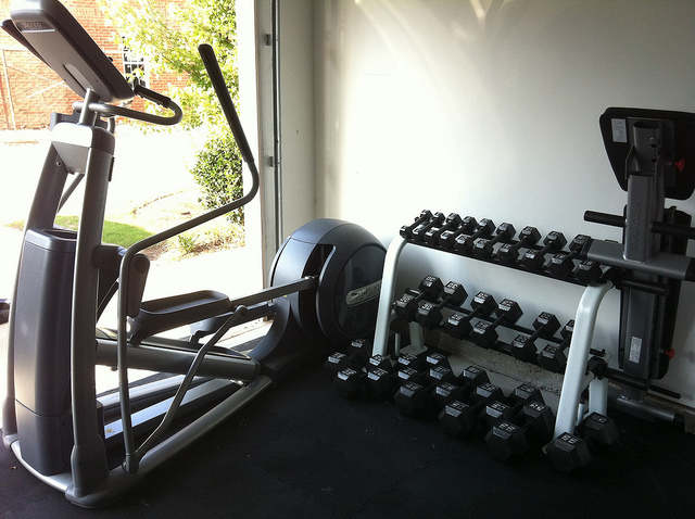 Setting Up Your Own Garage Gym: Dos and Don'ts